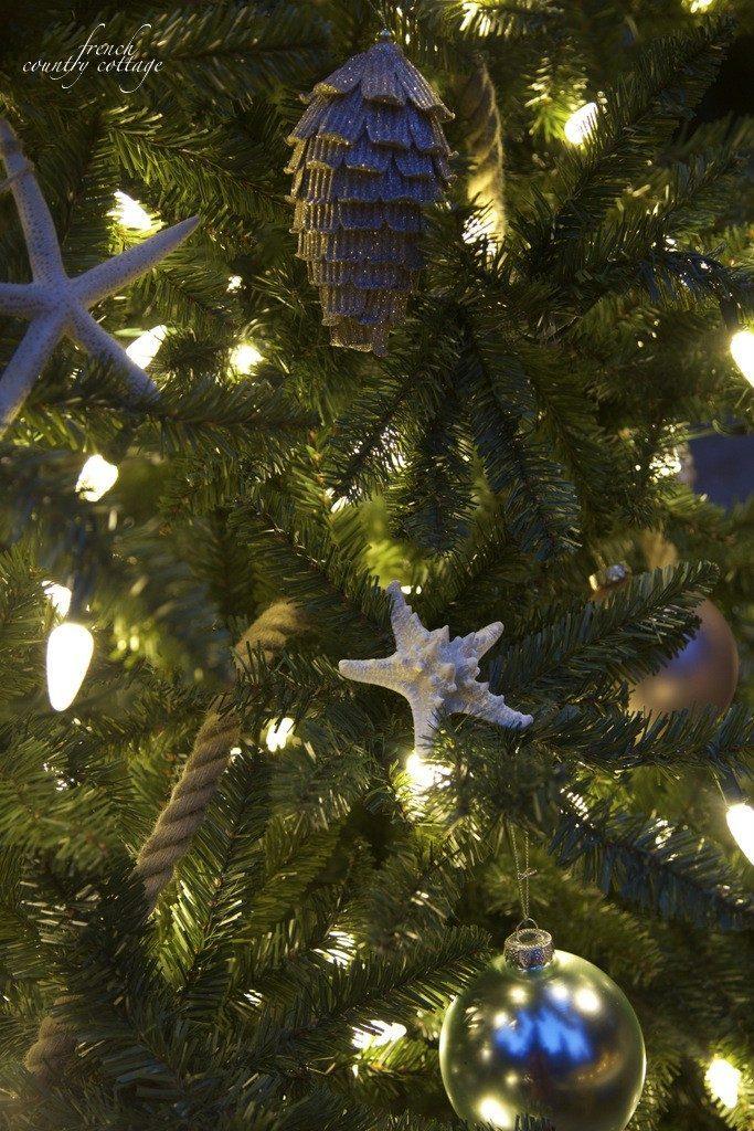 Pinecones, starfish, and ball tree ornaments