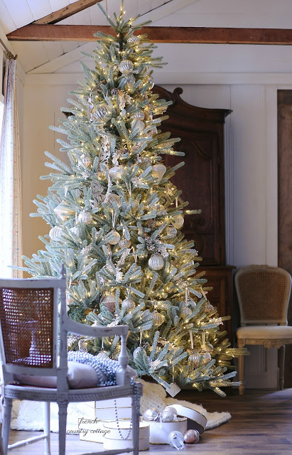pre-lit sanibel spruce christmas tree with french country decor