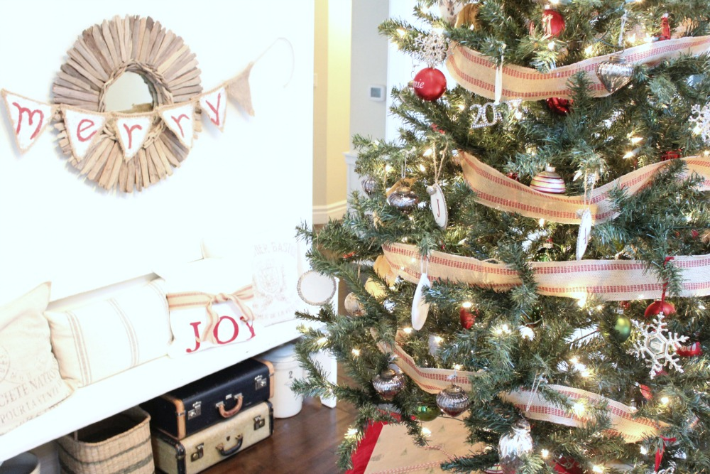 Christmas tree with vintage French decorations