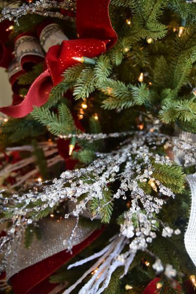 tree picks and ribbons on tree