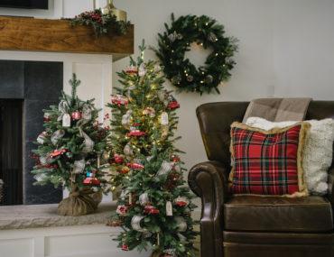 vintage memory theme for small christmas tree
