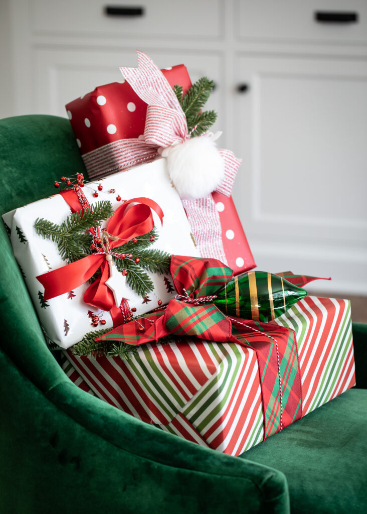 elegant christmas gift-wrapping ideas